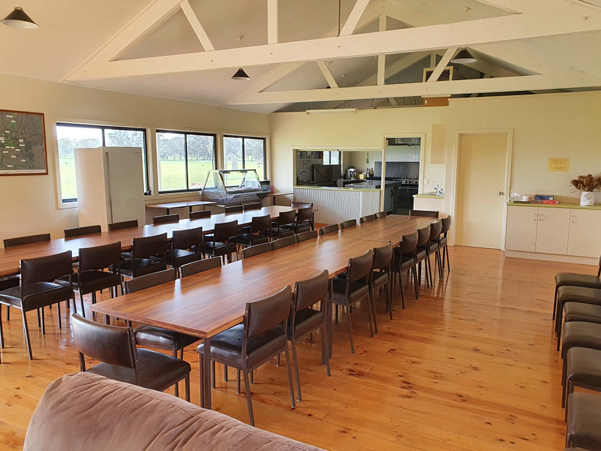 Langley Lodge, Hawkins Booroopki Farms