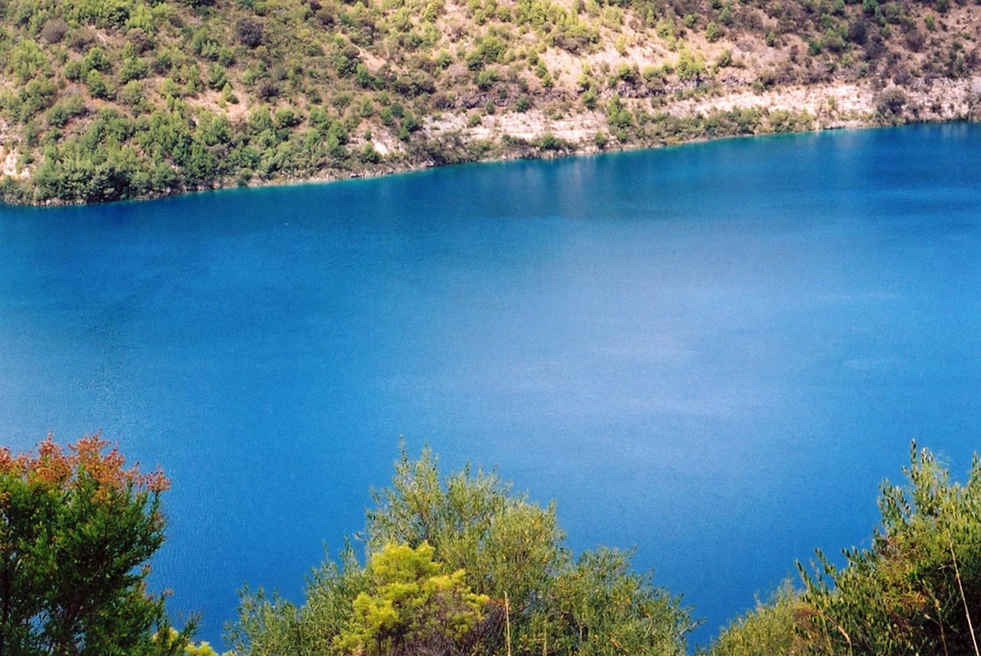 Blue Lake - Hawkins Booroopki Farms, Minimay and West Wimmera Region
